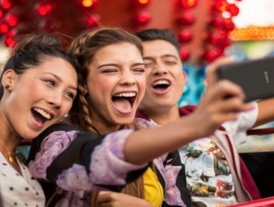 'Melhor smartphone para selfies do mundo', Xperia C4 chega ao Brasil.