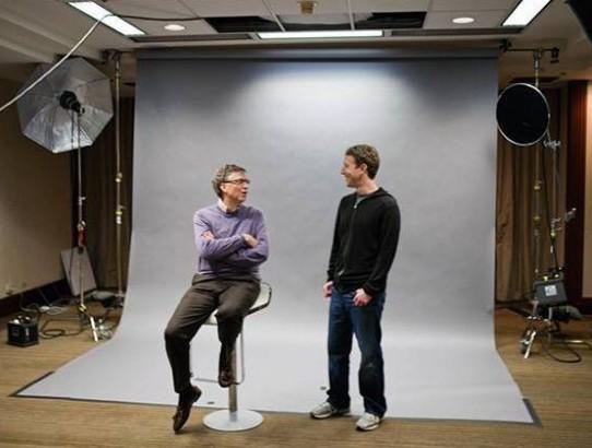 Bill Gates e Mark Zuckerberg se unem por energia limpa.