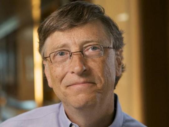 Bill Gates pede ajuda dos jovens para mudar o mundo