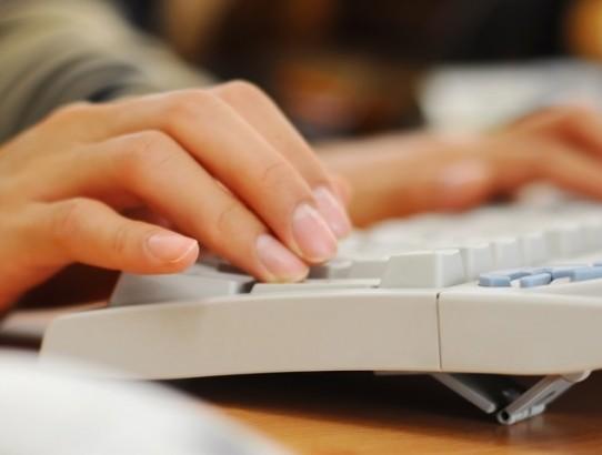 Especialista dá 5 dicas para você organizar seus estudos pela internet